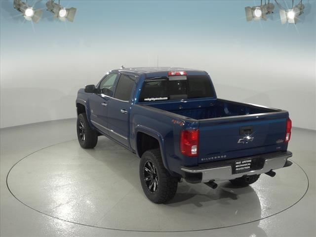 2018 Silverado 1500 Crew Cab 4x4, Pickup #182178 - photo 2