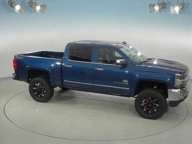 2018 Silverado 1500 Crew Cab 4x4, Pickup #182178 - photo 17