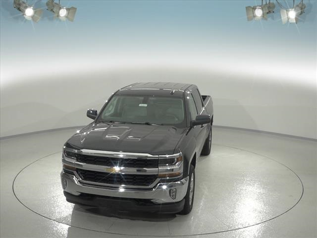2018 Silverado 1500 Crew Cab 4x4,  Pickup #183221 - photo 5