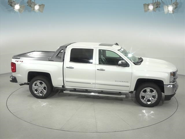 2018 Silverado 1500 Crew Cab 4x4,  Pickup #183360 - photo 17