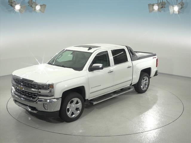 2018 Silverado 1500 Crew Cab 4x4,  Pickup #183360 - photo 1