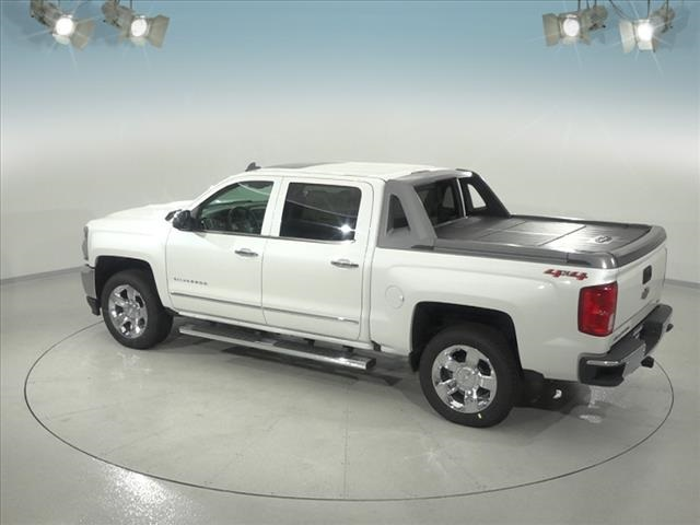 2018 Silverado 1500 Crew Cab 4x4,  Pickup #183360 - photo 2