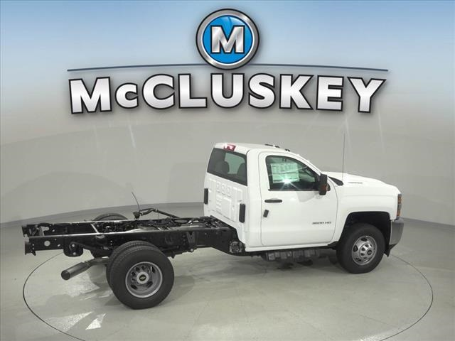 2019 Silverado 3500 Regular Cab DRW 4x2,  Cab Chassis #190610 - photo 16