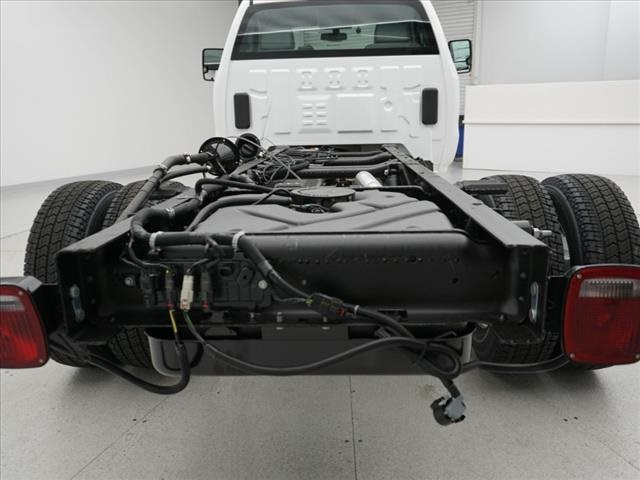 2019 Silverado 3500 Regular Cab DRW 4x4,  Cab Chassis #190621 - photo 38