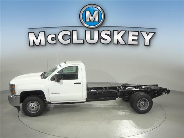2019 Silverado 3500 Regular Cab DRW 4x4,  Cab Chassis #190621 - photo 8