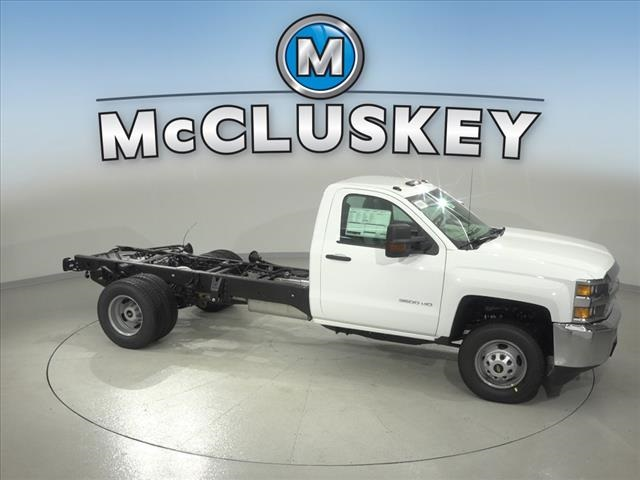 2019 Silverado 3500 Regular Cab DRW 4x2,  Cab Chassis #190745 - photo 17