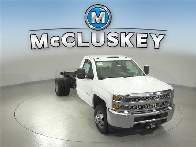 2019 Silverado 3500 Regular Cab DRW 4x2,  Cab Chassis #190745 - photo 3