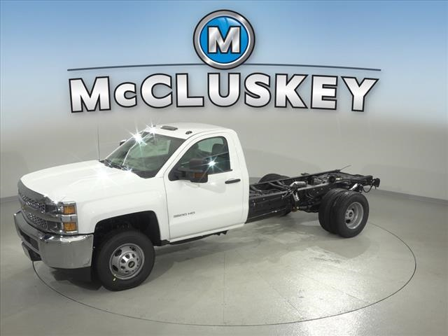 2019 Silverado 3500 Regular Cab DRW 4x2,  Cab Chassis #190745 - photo 6