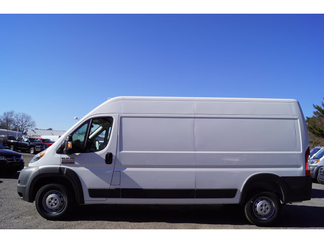 2017 ProMaster 2500 High Roof, Cargo Van #R171421 - photo 3