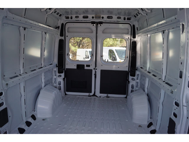 2017 ProMaster 2500 High Roof, Cargo Van #R171422 - photo 2