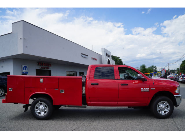 2017 Ram 3500 Crew Cab 4x4, Reading Classic II Steel Service Body #R171484 - photo 11
