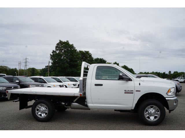2017 Ram 3500 Regular Cab 4x4, Magnum Platform Body #R172140 - photo 5