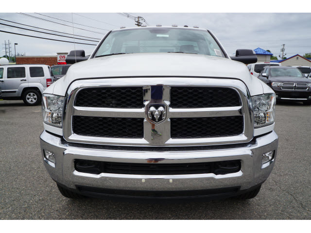 2017 Ram 3500 Regular Cab 4x4, Magnum Platform Body #R172140 - photo 6