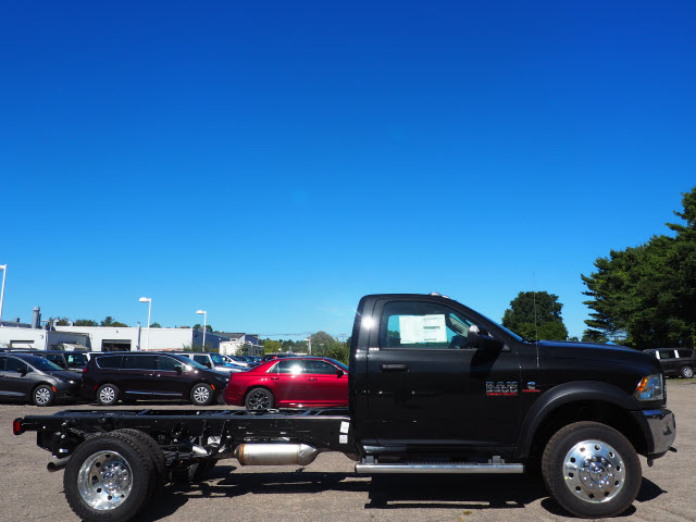2018 Ram 5500 Regular Cab DRW 4x4 Cab Chassis #R18-254 - photo 5