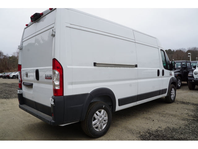 2018 ProMaster 2500 High Roof FWD,  Empty Cargo Van #R181595 - photo 3