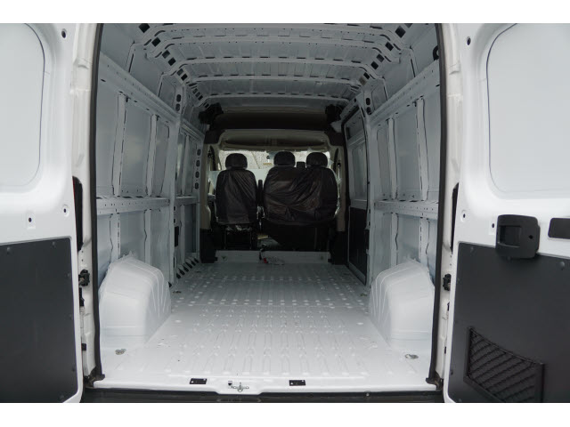 2018 ProMaster 2500 High Roof, Cargo Van #R181636 - photo 2