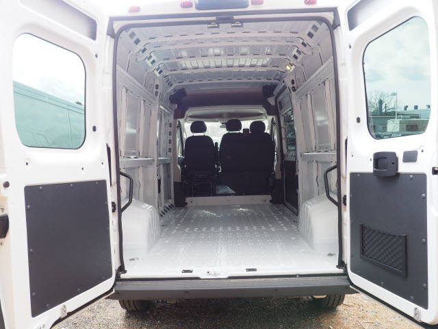 2018 ProMaster 2500 High Roof FWD,  Empty Cargo Van #R181647 - photo 2