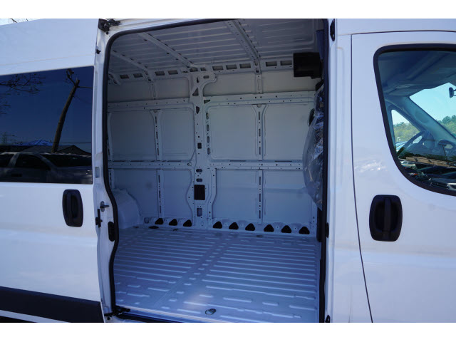 2018 ProMaster 2500 High Roof 4x2,  Empty Cargo Van #R181710A - photo 5
