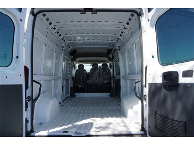 2018 ProMaster 2500 High Roof 4x2,  Empty Cargo Van #R181710A - photo 2