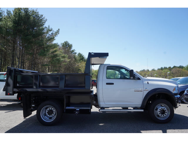 2018 Ram 5500 Regular Cab DRW 4x4,  Iroquois Dump Body #R181719 - photo 3