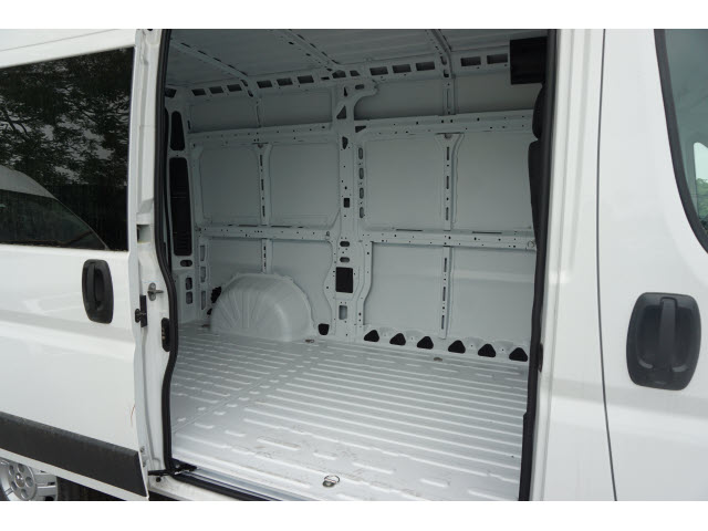 2018 ProMaster 1500 High Roof FWD,  Empty Cargo Van #R182041 - photo 4