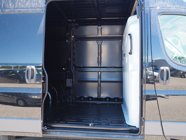 2018 ProMaster 2500 High Roof FWD,  Empty Cargo Van #R182062 - photo 4