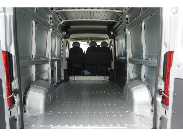 2018 ProMaster 2500 High Roof FWD,  Empty Cargo Van #R182305 - photo 2