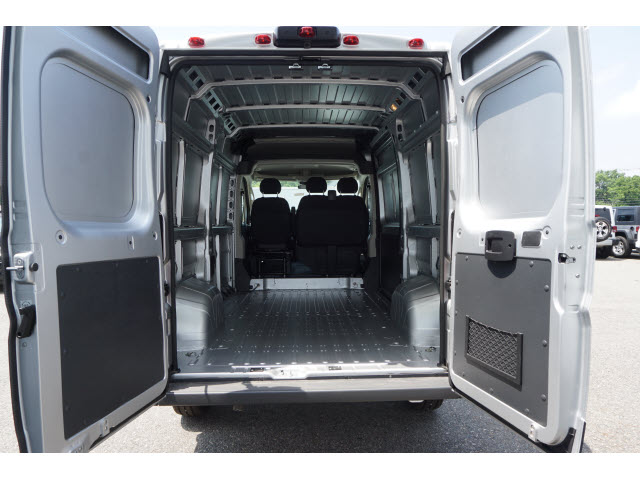 2018 ProMaster 2500 High Roof FWD,  Empty Cargo Van #R182467 - photo 2