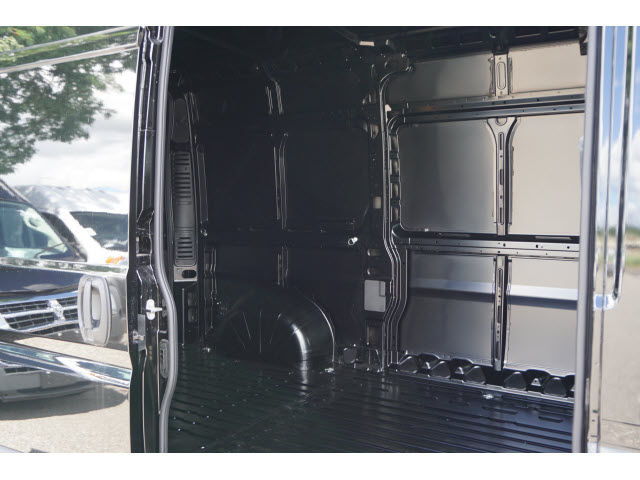 2018 ProMaster 2500 High Roof FWD,  Empty Cargo Van #R182585 - photo 4