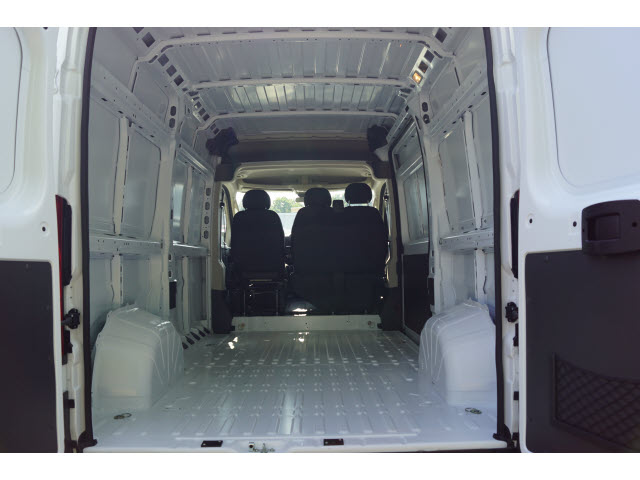 2018 ProMaster 2500 High Roof FWD,  Empty Cargo Van #R182661 - photo 3