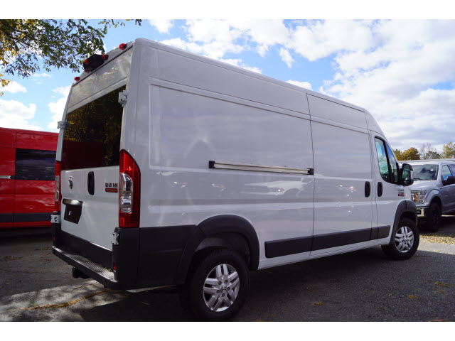 2018 ProMaster 2500 High Roof FWD,  Empty Cargo Van #R183225 - photo 3