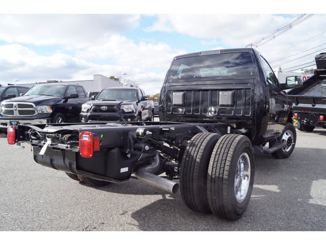 2018 Ram 3500 Regular Cab DRW 4x4,  Cab Chassis #R183252 - photo 2
