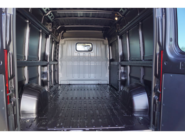 2018 ProMaster 2500 High Roof FWD,  Empty Cargo Van #R183422 - photo 2
