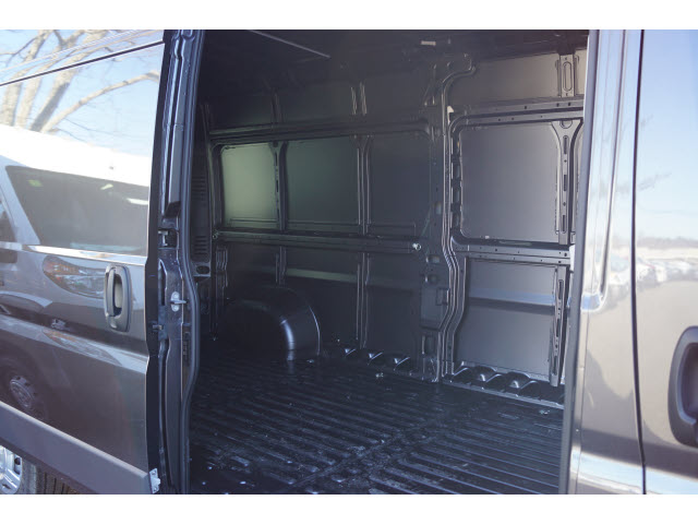 2018 ProMaster 2500 High Roof FWD,  Empty Cargo Van #R183422 - photo 4