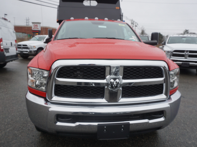 2018 Ram 3500 Regular Cab DRW 4x4,  Dump Body #R183486 - photo 5