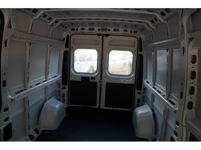 2018 ProMaster 2500 High Roof, Cargo Van #R18590 - photo 2