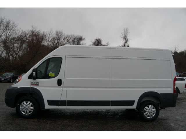 2018 ProMaster 2500 High Roof, Cargo Van #R18632 - photo 3