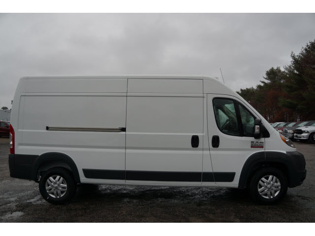 2018 ProMaster 2500 High Roof, Cargo Van #R18632 - photo 5