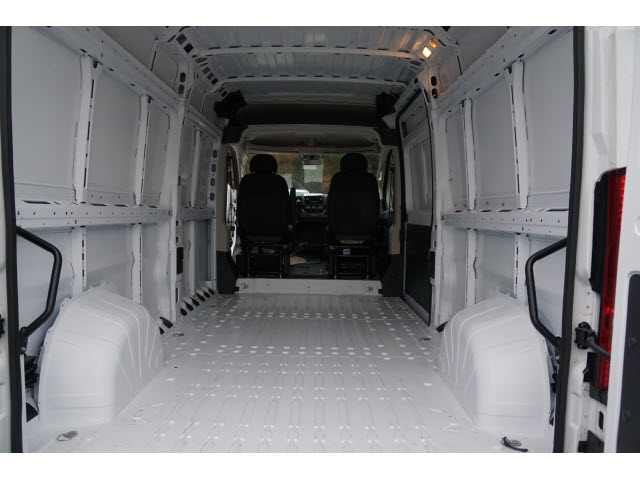 2018 ProMaster 2500 High Roof, Cargo Van #R18632 - photo 2