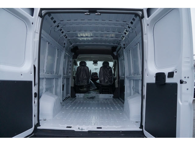 2018 ProMaster 2500 High Roof, Cargo Van #R18885 - photo 2