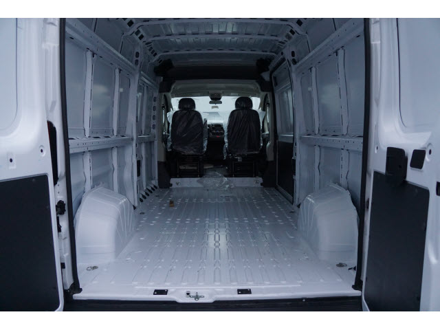 2018 ProMaster 2500 High Roof, Cargo Van #R18956 - photo 2