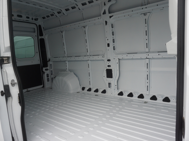 2019 ProMaster 2500 High Roof FWD,  Empty Cargo Van #R191171 - photo 6