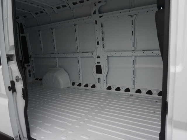 2019 ProMaster 3500 High Roof FWD,  Empty Cargo Van #R19970 - photo 7
