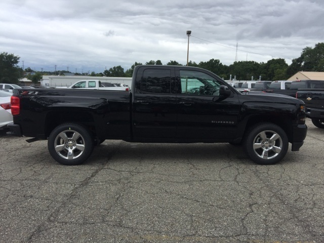 2018 Silverado 1500 Extended Cab 4x4 Pickup #72637 - photo 8