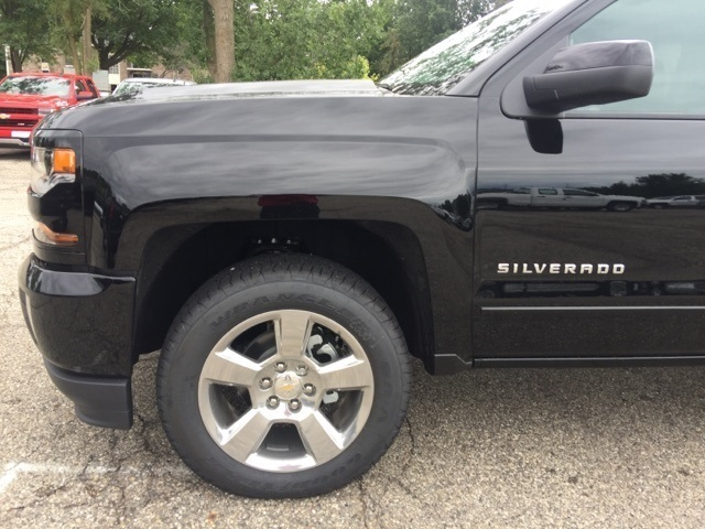 2018 Silverado 1500 Extended Cab 4x4 Pickup #72637 - photo 12