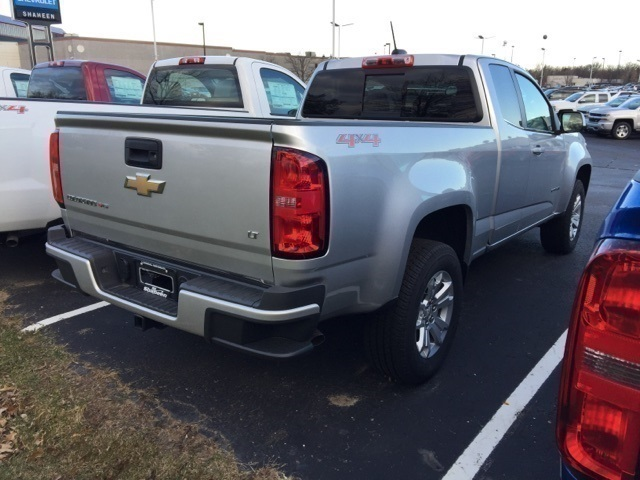 2018 Colorado Extended Cab 4x4 Pickup #72964 - photo 2