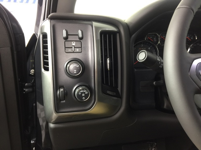 2018 Silverado 1500 Extended Cab 4x4 Pickup #73318 - photo 25