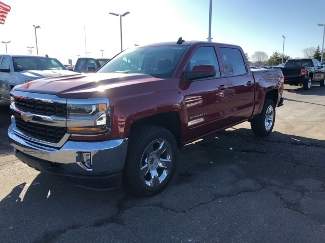 2018 Silverado 1500 Crew Cab 4x4, Pickup #73547 - photo 1