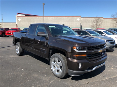 2018 Silverado 1500 Double Cab 4x4, Pickup #73832 - photo 4