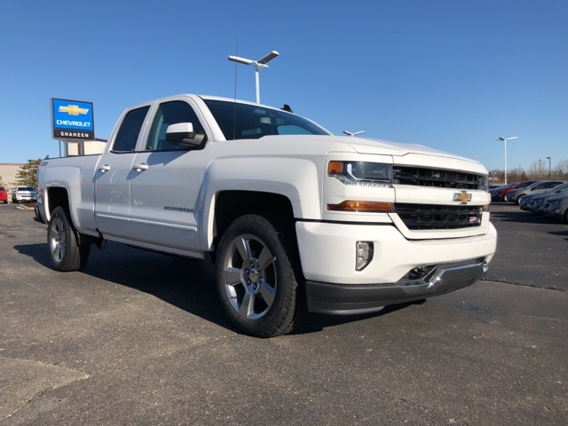 2018 Silverado 1500 Double Cab 4x4, Pickup #73875 - photo 3